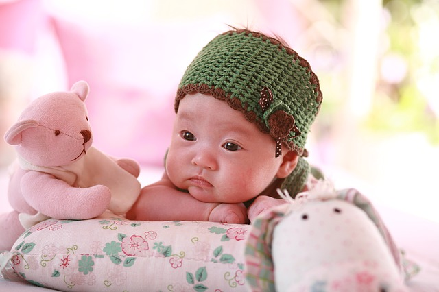 くまと赤ちゃん