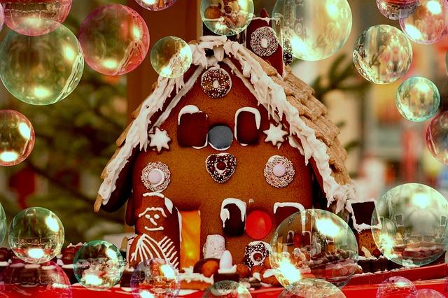クリスマスビスケットハウス