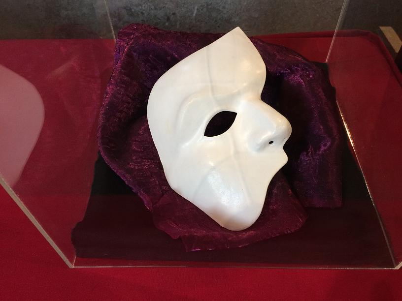 オペラ座の怪人の仮面