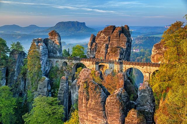 石のブリッジ