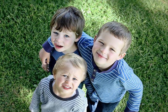 仲良し三人兄弟