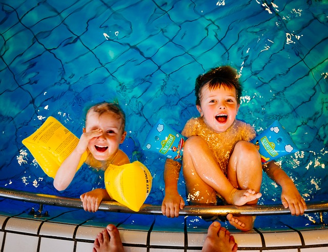 泳ぎの上手な兄弟